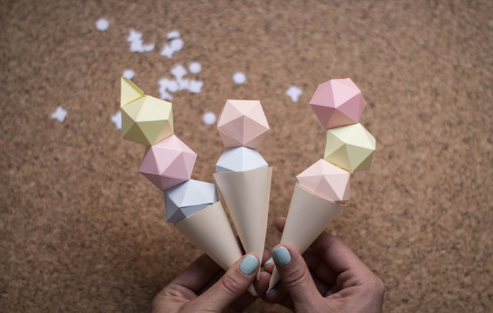 make-my-lemonade-diy-ice-cream-paper-13